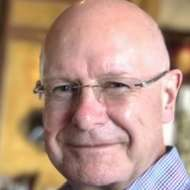 Simon Welch